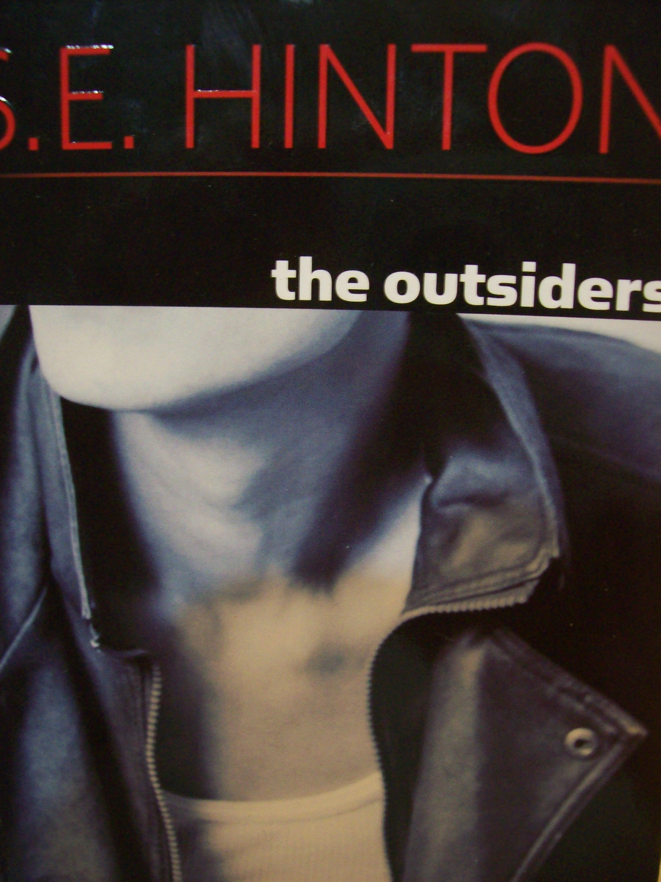 essays on the outsiders by se hinton S e hinton recalls that when she published her début novel, the outsiders, in 1967, there was no young-adult market her book, written by a teen-ager about teen-agers in tulsa.